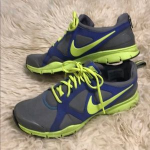 Nike in season tr2 shoe size 9.5